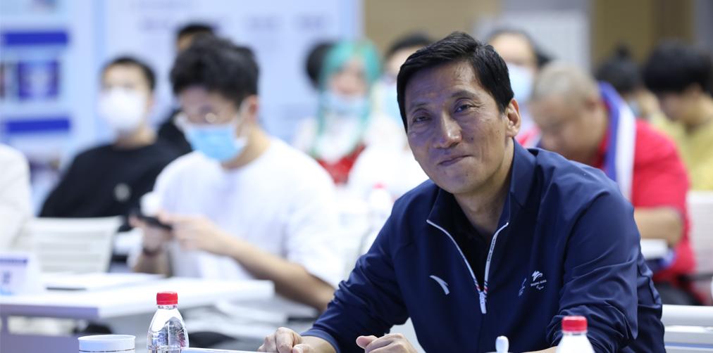 北京2022冬奥委市场开发部副部长顾灏宁
